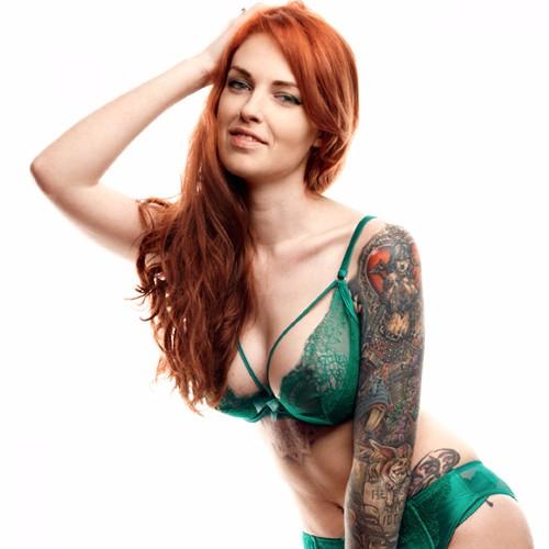 Fakeagentuk british chick with massive tits 3